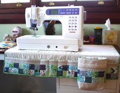 Sewing machine caddy to keep all tools & accessories close at hand without taking over your work-space area! from coatsandclarksewingsecrets.blogspot.com