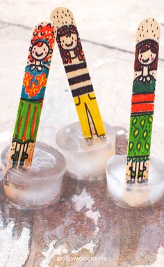 Popsicle Stick Dolls – that Ice-Skate! - a fun and fab new twist on craft stick dolls | MollyMooCrafts.com