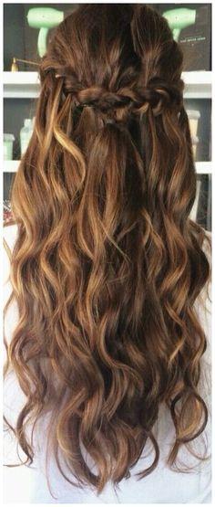 #ShortWavyHair #WavyHaircut #WavyHairstyles Balayage half up wavy hair with braid noahxnw.tumblr.co..., click now for more.