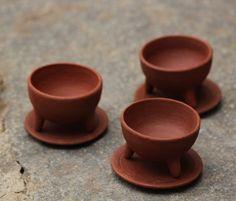 Tripadi_Three legged serve bowls by handworkstudio Price Rs 595