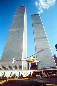 Here it is, the MEGA WTC picture thread where all pictures of the WTC pre are posted and we remember the Twin Towers. World Trade Center Attack, World Trade Center Site, Trade Centre, Ground Zero Nyc, World Trade Towers, 11 September 2001, The Freedom Tower, Vintage New York, Lower Manhattan