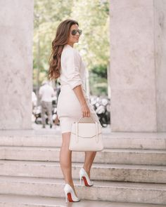 How to style an all white outfit, white outfit ideas, stylish white outfits, how to wear all white, ways to look chic in all white, all white louboutin, entire white look, how to style blanc colors, how to look minimalist, pre fall outfits, all white outfit for the fall, all white outfit for summer, wearing white outfits, style guide for all white, white look, white lookbook, style guide for wearing the color white, how to wear white only All White Outfit, White Outfits, Only Fashion, Fashion Beauty, European Casual, Pinterest Fashion, Look Chic, Outfit Posts