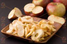 Dried Apples, Dried Fruit, Dried Apple Rings, Apple Snacks, Apple Health, Organic Snacks, Apple Varieties, Apple Chips, Dehydrator Recipes