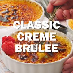 Classic Crème Brûlée - a fabulous vanilla custard topped with a thin layer of brittle, caramelized sugar Desserts Classic Creme Brulee - the BEST recipe and tips for making at home Pudding Desserts, Custard Desserts, Custard Recipes, Köstliche Desserts, Best Dessert Recipes, Sweet Recipes, Delicious Desserts, French Custard Recipe, Baked Custard Recipe