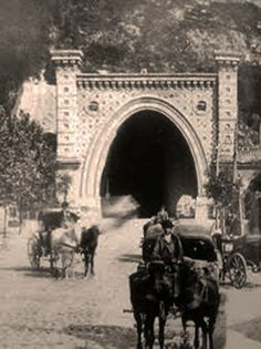 Castle tunnel in Budapest, around 1900 Antique Photos, Vintage Photos, Old Pictures, Old Photos, Hungary History, History Photos, Budapest Hungary, Historical Photos, Old World