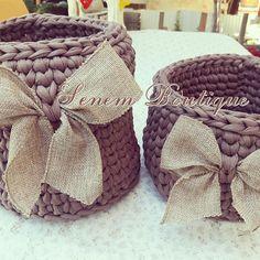 . . . #sepet #basket #crochetbasket #crochet #knit #knitting #homemade #tshirtyarn #penyeip #penyesepet #örüyorsamsebebivar #trapillo #uncinetto #ganchillo #fiodemalha #tejer #virka #hekle #stricken #zpagetti #etsy #10marifet #crafty #craft #yarn #yarnart #spagettiyarn #häkeln #handmade #diy