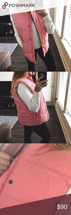 VINEYARD VINES // Puffer Winter Vest Vineyard Vines pink puffer winter vest. Size L. In great condition, just some spots as pictured but not really noticeable. Cute patterned inside. Perfect for the cold seasons! Vineyard Vines Jackets & Coats Vests