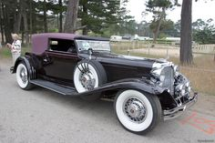 1931 Lincoln Victoria Convertible -- now this is a real luxury automobile and a piece of art!