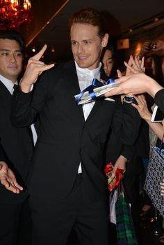 New photos of Sam Heughan at AXN Japan Event in Tokyo. Gallery Links: Home > Events> 2016 >AXN Japan Sources: 1 – 2 – 3