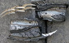 1/6 Scale Predator Weapons Forearm Blades