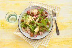 Raapstelen zijn op en top Hollandse voorjaarsgroenten. Lekker knapperig, dus perfect voor in een salade - Recept - Allerhande