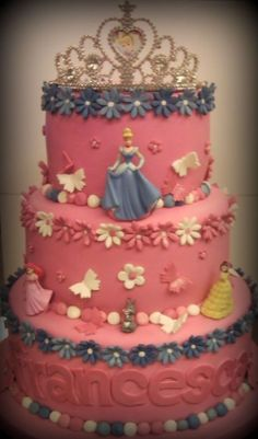 Disney princess cake — Birthday Cake Photos