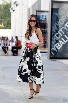 Song of Style : B&W Full Skirt