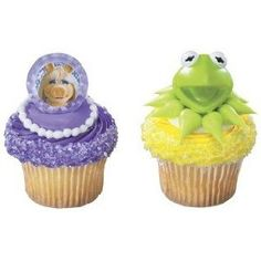 24 The Muppets Kermit and Miss Piggy Birthday Party Favor Cupcake Rings 24