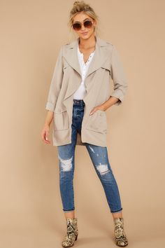 BB Dakota Taupe Jacket - Short Casual Trench Coat - Outerwear - $98.00 – Red Dress Boutique Comfy Casual, Casual Looks, Topshop Outfit, Fall Outfits, Fashion Outfits, Nyfw Street Style, Striped Crop Top, Winter Wear, Stylish Dresses