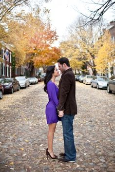 old town alexandria engagement session; fall and cobblestone