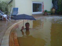02.10.2014 - Perchè rinunciare alle benefiche acque della nostra #piscina #termale quando piove?    #viraccontolitalia