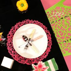 Tafel Toe – Episode 2 Table Settings, Toe, Place Settings, Tablescapes, Finger