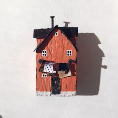 Driftwood driftwoodart house shabby Driftwood, Shabby, Bird, Outdoor Decor, House, Home Decor, Decoration Home, Home, Room Decor