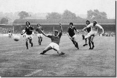 25th August 1973. Billy Bremner opens the scoring against Everton with Howard Kendall failing to block the shot.