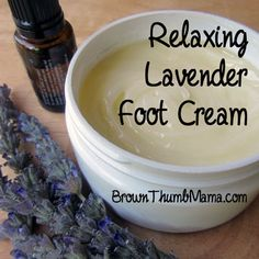 This rich, natural cream helps you relax, fight stress, and drift off to sleep while it smooths and softens your skin.