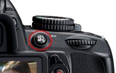 Nikon D3100 AE-L AF-L Button