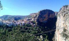 On instagram by samarucdigital #landscape #contratahotel (o) http://ift.tt/2p5WxFs preparant la ruta dels ponts a Chulilla. Samarucdigital preparando la ruta de los puentes de Chulilla.  ##samarucdigital #paisatges #Valencia #paisajes  s #naturaleza #nature #naturavalencia #natura #pueblos #montaña #muntanya #mountain #rural #senderismo #senderisme #turismevalencia