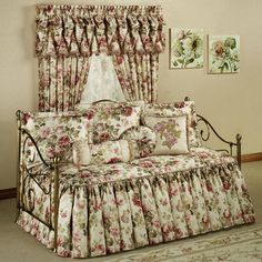 Springfield Floral Daybed Bedding Set