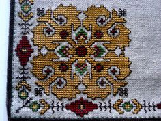 Authentic handmade embroidery linen yellow silk motif table cloth home decoration $29