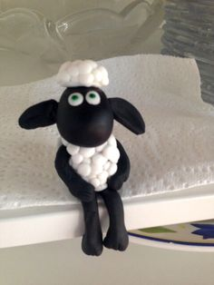 Shaun the sheep cake topper