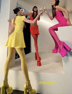 Look Fashion, Runway Fashion, High Fashion, Womens Fashion, Fashion Design, Couture Fashion, Mode Outfits, Fashion Outfits, Foto Fantasy