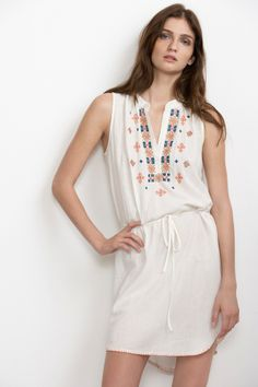 Velvet by Graham & Spencer Summer 2014 Fresh Outfits, White Outfits, Pretty Outfits, Cool Outfits, Fashion Outfits, Velvet Tees, Love Clothing, Weekend Style, Dress Up