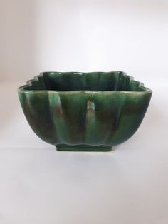 Square Planters, Decorative Bowls, I Shop, Succulents, Pottery, Canada, Green, How To Make, Vintage