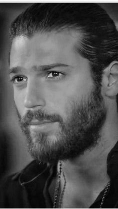 Love this Black and White of Can! Turkish Men, Turkish Actors, Ugly Men, Black And White Pictures, Actor Model, Drawing Reference, Daydream, The Dreamers, Hot Guys