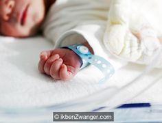 De alternatieve #kraam #uitzet #lijst als #checklist #bevalling en #kraamtijd! De checklist voor je bevalling en kraamtijd. Wat heb je nou echt nodig voor je bevalling? Nu ik mijn derde krijg, denk ik toch een beetje anders over de standaard lijst. http://www.ikbenzwanger.com/alternatieve-kraamuitzetlijst-checklist-bevalling-kraamtijd-blog-katie.php