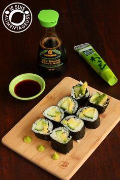 Avocado Cucumber Sushi - How to make vegan sushi step-by-step
