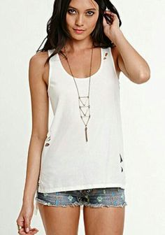 Kendall and Kylie clothing line