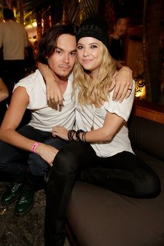 'Pretty Little Liars' Stars Ashley Benson & Tyler Blackburn Celebrate Birthdays Just Like Haleb — PHOTOS