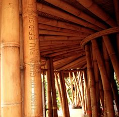 a massive bamboo structure pushes the limits of its material properties as well as those of education, in a new school typology in the lush balinese forest. Green School Bali, Rural Studio, Bamboo Structure, Properties Of Materials, Balinese, Green Building, Architecture Details, Places To Go, Pure Products