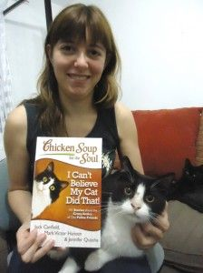 Reseña del libro Chicken Soup for the Soul: I can't believe my cat did that! Soup For The Soul, Chicken Soup, Big Cats, Cat Lady, I Can, Kittens, Believe, Training, Club