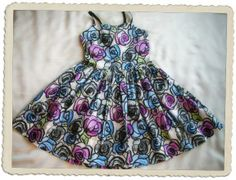 Auckland, Summer Dresses, Christmas Ornaments, Street, Holiday Decor, Grey, Kids, Fashion, Gray