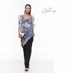 Completo con tunica stampata #fantasy e pants #nero #fashion #outfit #chic #fashion #fashionista #fashionmoment #moda #modadonna #outfit #style #dress #abbigliamento #cerimonia #abitieleganti #abiticerimonia #cocktaildress #party #spring #ss15