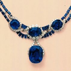 #tbt to selling this necklace from the Florence J. Gould collection in New York in 1984. Suspending the 'Blue Princess', a 114.30 carats sapphire #christiesjewels #christies #jewels #sapphire #necklace #NewYork #FlorenceGould