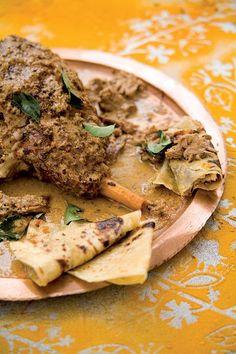 Kasjmiri leg of lamb. www.rooirose.co.za Garam Masala, Kos, Lamb, Curry, Goodies, Low Carb, Cooking Recipes, African, Yummy Food