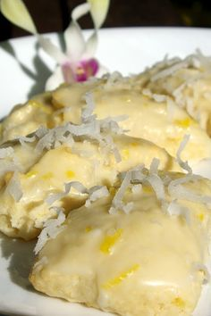 While in Maui, I was inspired to make these tropical scones. If you love lemon, then these are for you. I ended up making 5 batches of these scones while in paradise. Lemon Desserts, Lemon Recipes, Baking Recipes, Delicious Desserts, Yummy Food, Scone Recipes, Easter Desserts, Fancy Desserts, Baking Desserts