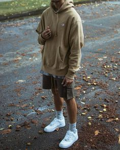 141 cool men's street style outfit ideas to keep style this winter - Summer Outfits Men, Stylish Mens Outfits, Casual Outfits, Men Casual, Men Summer, Casual Styles, Sneakers Mode, Winter Stil, Casual Winter