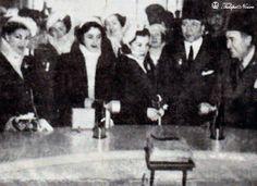Princesses Fawzia & Faiza Visit Studio Misr - Cairo In 1946