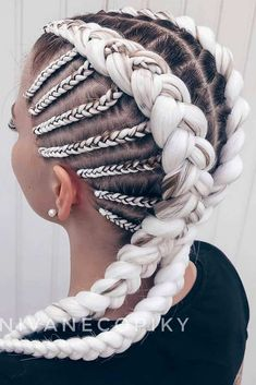 beauty Blonde Kanekalon Braiding Hairstyle ❤ Kanekalon hair grants you the power to reach the unreachable when it comes to your style. There is nothing you will not be able to create with it! Braided Ponytail Hairstyles, Braided Hairstyles For Black Women, Braided Hairstyles Tutorials, Hairstyles Haircuts, School Hairstyles, Wedding Hairstyles, Summer Hairstyles, Braided Short Hair, Box Braids Hairstyles For Black Women