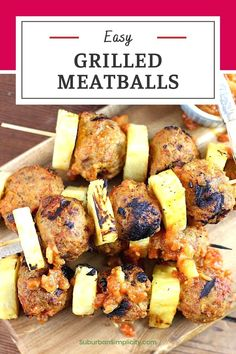 You have to try these easy Grilled Pineapple Meatball Skewers! A simple dinner recipe that's kid-friendly and on the table in less than 20 minutes! It has a great sweet and tangy flavor. Great Appetizers, Appetizer Recipes, Skewer Appetizers, Healthy Appetizers, Grilling Recipes, Beef Recipes, Yummy Recipes, Healthy Recipes, Pineapple Kabobs