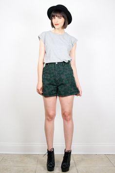 Vintage Bongo Denim Shorts High Waisted Shorts Dark Hunter Green Floral Print Jean Shorts High Waisted Denim Festival 1980s 80s M Medium by ShopTwitchVintage #vintage #etsy #80s #1980s #bongo #floral #shorts #denim #jeanshorts #highwaisted